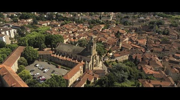 Film corporate avec Quercy Primeurspar notre videaste à Toulouse.